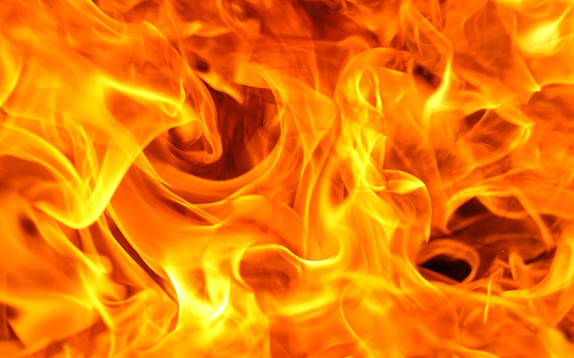 feu flammes incendie