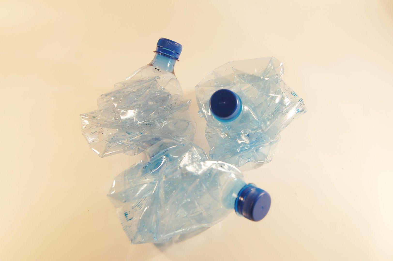 bouteilles plastique PET