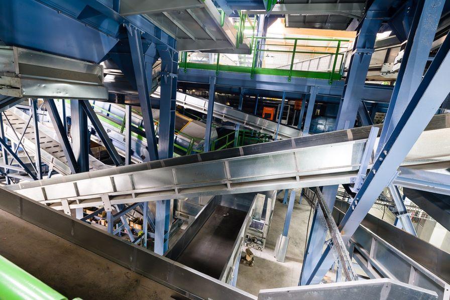 Centre de tri des déchets ménagers recyclables